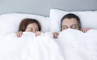 Какую позу выбрать и как долго лежать после зачатия?
