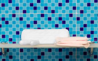 Почему нельзя принимать ванну во время месячных?
